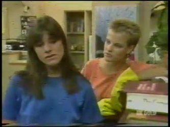 Zoe Davis, Daphne Lawrence in Neighbours Episode 0232