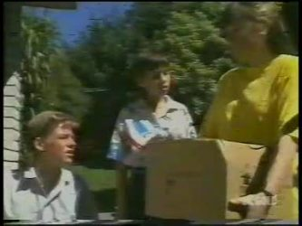 Scott Robinson, Lucy Robinson, Nikki Dennison in Neighbours Episode 0232