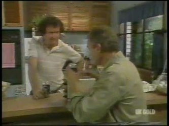 Max Ramsay, Jim Robinson in Neighbours Episode 0232