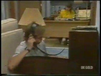 Scott Robinson, Nikki Dennison in Neighbours Episode 0232