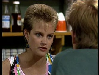 Daphne Clarke, Scott Robinson in Neighbours Episode 0237