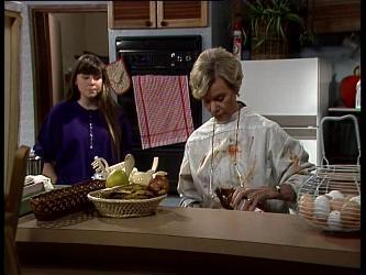 Nikki Dennison, Helen Daniels in Neighbours Episode 0237