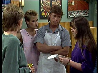 Scott Robinson, Daphne Clarke, Mike Young, Nikki Dennison in Neighbours Episode 0237