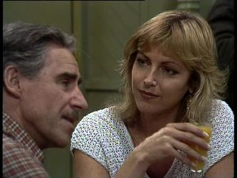 Jack Lassiter, Andrea Townsend in Neighbours Episode 0245