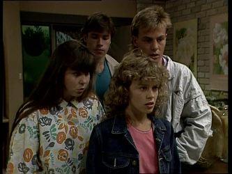 Nikki Dennison, Mike Young, Charlene Mitchell, Scott Robinson in Neighbours Episode 0248