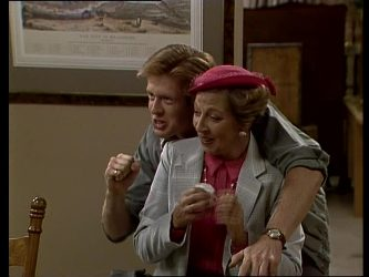 Clive Gibbons, Eileen Clarke in Neighbours Episode 0248