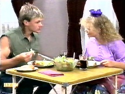 Skinner, Sharon Davies in Neighbours Episode 0936
