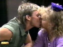 Skinner, Sharon Davies in Neighbours Episode 0936