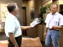 Harold Bishop, Jim Robinson in Neighbours Episode 0936