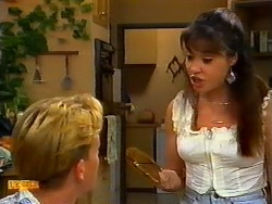 Scott Robinson, Kerry Bishop in Neighbours Episode 0937