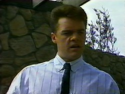 Paul Robinson in Neighbours Episode 0937