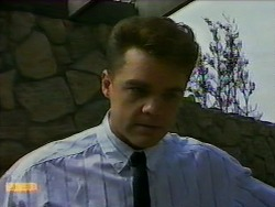 Paul Robinson in Neighbours Episode 0938