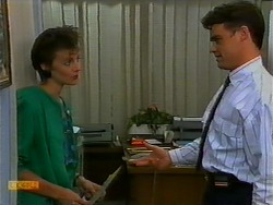 Gail Robinson, Paul Robinson in Neighbours Episode 0938