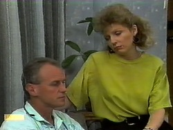 Jim Robinson, Beverly Marshall in Neighbours Episode 0939