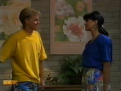 Scott Robinson, Poppy Skouros in Neighbours Episode 0940
