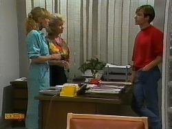 Jane Harris, Helen Daniels, Mike Young in Neighbours Episode 0940