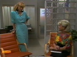 Jane Harris, Helen Daniels in Neighbours Episode 0940