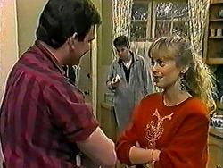 Des Clarke, Joe Mangel, Jane Harris in Neighbours Episode 1021