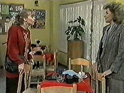 Jane Harris, Beverly Marshall in Neighbours Episode 1021