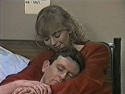 Jane Harris, Des Clarke in Neighbours Episode 1022