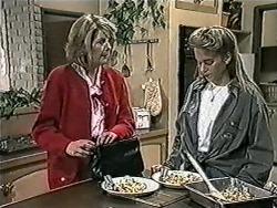 Madge Bishop, Bronwyn Davies in Neighbours Episode 1022