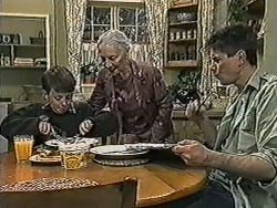 Toby Mangel, Mary Crombie, Joe Mangel in Neighbours Episode 1023