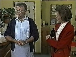 Harold Bishop, Madge Bishop in Neighbours Episode 1023