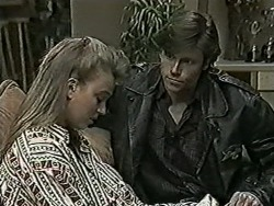Bronwyn Davies, Mike Young in Neighbours Episode 1025