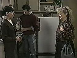 Hilary Robinson, Matt Robinson, Sharon Davies in Neighbours Episode 1025