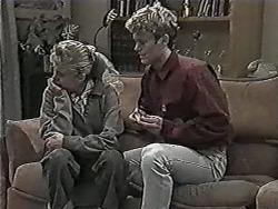 Bronwyn Davies, Henry Ramsay in Neighbours Episode 1027