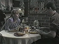 Jane Harris, Jamie Clarke, Des Clarke in Neighbours Episode 1028