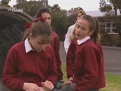 Hannah Martin, Fiona Gimp in Neighbours Episode 2463