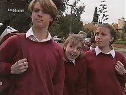 Billy Kennedy, Hannah Martin, Libby Kennedy in Neighbours Episode 2465