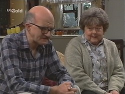 Alf Taylor, Marlene Kratz in Neighbours Episode 2486