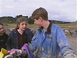 Hannah Martin, Lance Hails in Neighbours Episode 2487