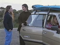 Libby Kennedy, Manuela De Ferriera, Tommy Roth in Neighbours Episode 2489