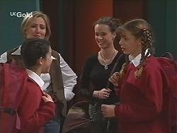 Zoe Tan, Jen Handley, Cody Willis, Hannah Martin in Neighbours Episode 2491