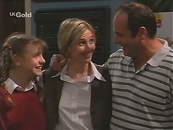 Hannah Martin, Jen Handley, Philip Martin in Neighbours Episode 2492