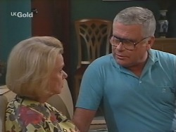 Helen Daniels, Lou Carpenter in Neighbours Episode 2492