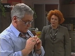 Lou Carpenter, Cheryl Stark in Neighbours Episode 2492