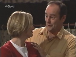 Jen Handley, Philip Martin in Neighbours Episode 2493