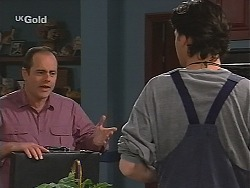 Philip Martin, Sam Kratz in Neighbours Episode 2494