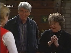 Danni Stark, Patrick Kratz, Marlene Kratz in Neighbours Episode 2494
