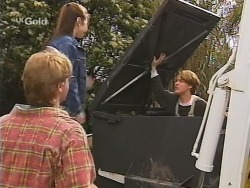 Brett Stark, Melissa Drenth, Billy Kennedy in Neighbours Episode 2496