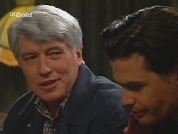 Patrick Kratz, Sam Kratz in Neighbours Episode 2496