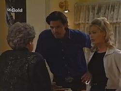 Marlene Kratz, Sam Kratz, Annalise Hartman in Neighbours Episode 2497