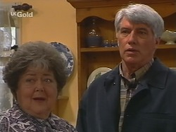 Marlene Kratz, Patrick Kratz in Neighbours Episode 2499