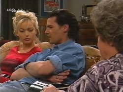 Annalise Hartman, Sam Kratz, Marlene Kratz in Neighbours Episode 2499
