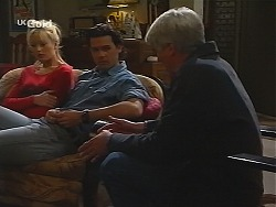 Annalise Hartman, Sam Kratz, Patrick Kratz in Neighbours Episode 2499