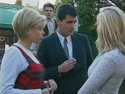 Joanna Hartman, Mark Gottlieb, Marty Hackman, Annalise Hartman in Neighbours Episode 2499